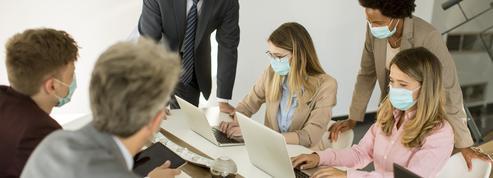 Port du masque obligatoire en entreprise : «C'est totalement surréaliste comme climat»