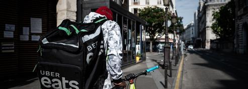 Des livreurs à vélo se regroupent en coopératives pour s'émanciper d'Uber Eats et Deliveroo