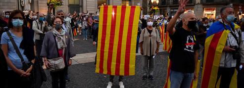 Le Covid-19 accroît le risque d'instabilité politique et sociale en France
