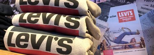 Les jeans Levi's de plus en plus vendus sur internet, l'action s'envole