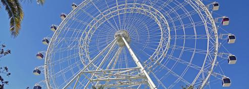 Parc Astérix, Puy du Fou, OK Corral.. Ces parcs d'attractions qui embauchent malgré la crise.
