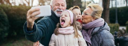 Covid-19 : le casse-tête des retrouvailles entre grands-parents et petits-enfants pour la Toussaint