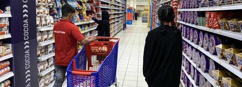 Propos de Macron sur l'islam : des pays musulmans boycottent des produits français