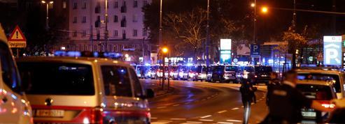 EN DIRECT - Autriche : au moins deux victimes dans une « attaque terroriste » à Vienne