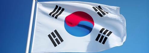 Caricatures : deux arrestations à Séoul après des menaces contre l'ambassade de France