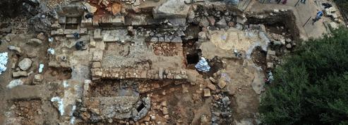 Une forteresse des temps du roi David découverte sur le plateau du Golan