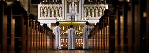 Retour des messes : l'État et l'Église se parleront lundi
