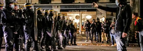Loi «sécurité globale»: plusieurs milliers de manifestants en France, des violences dans le cortège parisien