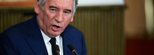 Loi sécurité : Bayrou «ne sait pas» si le texte est «efficace» pour protéger les policiers