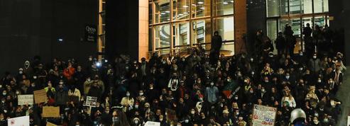 À l'Opéra Bastille, Le Crépuscule des dieux gronde au rythme des manifs contre la loi Sécurité globale