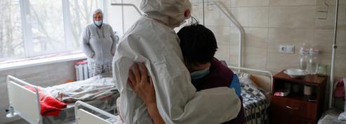 Covid-19 : plus d'un million de contaminations en Ukraine