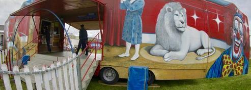 «C'est la fin des cirques», les forains alertent sur la mort d'une tradition séculaire