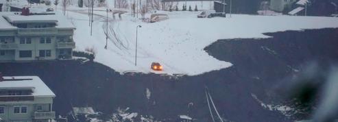 Norvège : 10 blessés et 12 personnes recherchées après un glissement de terrain