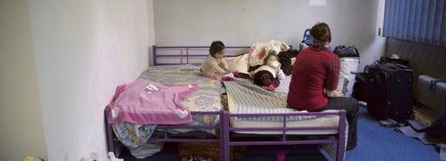 Explosion des frais d'hôtel loués par l'Etat pour palier la hausse de la pauvreté en Île-de-France