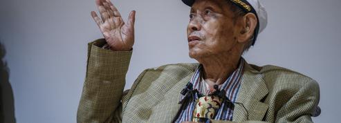 Mort de David Medalla à 78 ans, un artiste qui tissait le temps