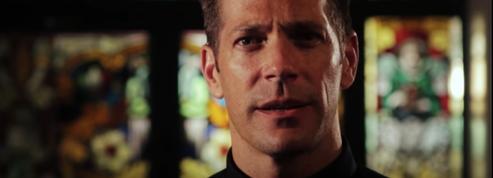 Bible in a Year ,le podcast d'un prêtre sur la Bible numéro un aux États-Unis