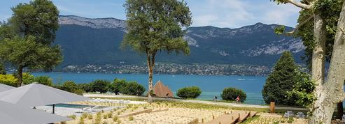 Le Black Bass Hotel sur le lac d'Annecy, l'avis d'expert du Figaro