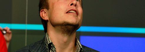 Tesla gagne pour la première fois de l'argent sur une année entière