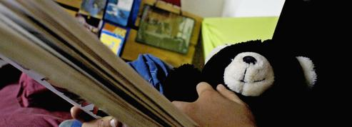 Taquet veut «mettre fin» à l'hébergement en hôtel d'enfants placés