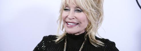 La chanteuse Dolly Parton refuse qu'une statue lui soit dédiée à Nashville