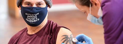 Covid-19: la vaccination chez les généralistes démarre le 25 février