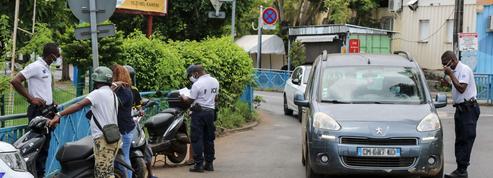 Mayotte: le confinement prolongé d'au moins deux semaines