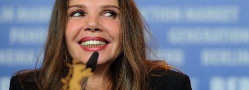 Victoria Abril s'emporte contre le «Coronacircus», cette «farce», lors d'une cérémonie en Espagne