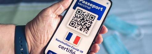 Passeport vert, passeport vaccinal, certificat sanitaire… Petit lexique du voyageur au temps du Covid-19