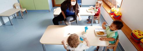 Les bébés face aux masques : chronique d'une catastrophe annoncée