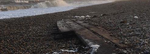 Les tempêtes ont exhumé deux épaves des XVIe et XVIIIe siècles sur les côtes du Suffolk