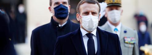 Un an de Covid-19 : les Français critiquent la gestion de l'exécutif