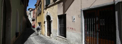 Face à une nouvelle flambée épidémique, l'Italie va reconfiner plusieurs territoires dès lundi
