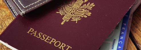 Français rentrant de l'étranger : le Conseil d'État suspend l'obligation de motifs impérieux