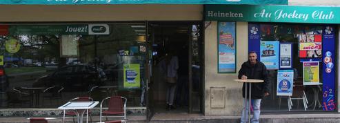 Bar «interdit» aux femmes : la plainte en «diffamation» du propriétaire jugée irrecevable