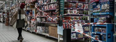 Fermeture des commerces et rayons non-essentiels : « C'est un sacré coup de massue »
