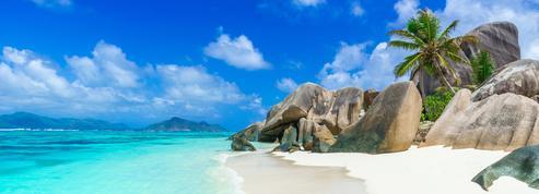 Sans vaccin ni quarantaine, les Seychelles rouvrent en grand aux touristes