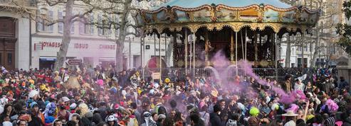EN DIRECT - Covid-19 : à Marseille, 6.500 personnes font fi des restrictions pour le carnaval