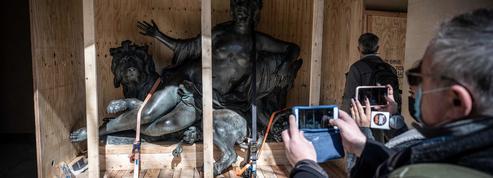 Les bronzes des frères Coustou quittent la place Bellecour de Lyon pour le musée des Beaux-Arts