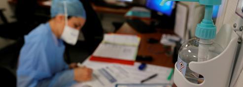 Covid-19: une indemnité pour compenser les congés refusés aux soignants dans les hôpitaux publics