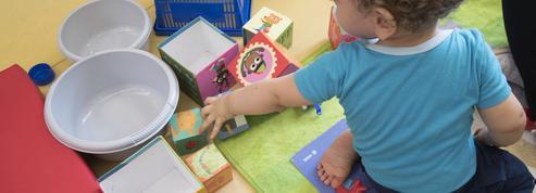 EN DIRECT - Covid-19 : l'accueil des enfants par les assistantes maternelles pas encore tranché par Matignon