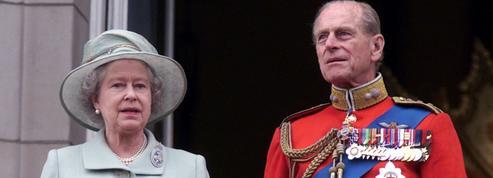 EN DIRECT - Mort du prince Philip : les hommages affluent du monde entier