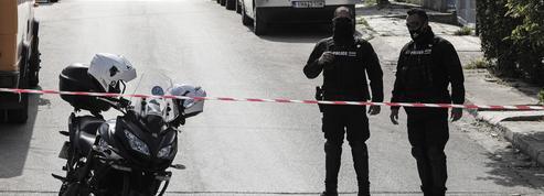 Grèce : un journaliste tué devant son domicile, le premier ministre demande une «résolution rapide» de l'enquête