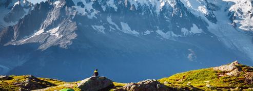 Mont-Blanc: des élus demandent l'encadrement strict de l'aviation de loisir dans le massif