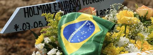 «Chaque jour, les nouvelles empirent»: le mal du pays des Brésiliens de Paris