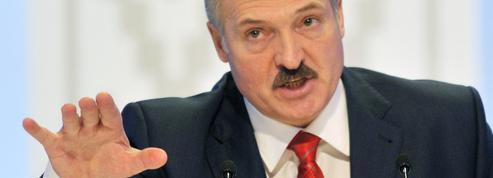 Bélarus : Loukachenko assure avoir déjoué une tentative de «coup d'État» américaine
