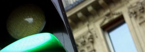 Les feux qui passent au vert quand la vitesse est respectée désormais autorisés