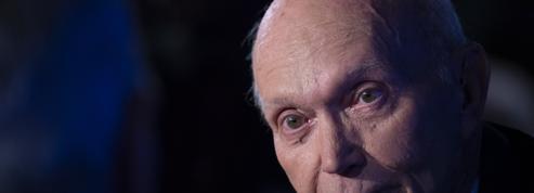 Michael Collins, astronaute américain de la mission Apollo 11, est décédé à l'âge de 90 ans