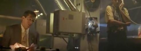 Un projecteur identique à celui de La Cité de la peur mis aux enchères par la ville de Cannes