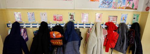 «Mon fils a le droit d'aller à l'école mais pas ma fille» : des classes à nouveau fermées et des parents résignés