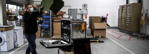 Confronté à une augmentation de la demande, le secteur de l'électroménager manque de réparateurs